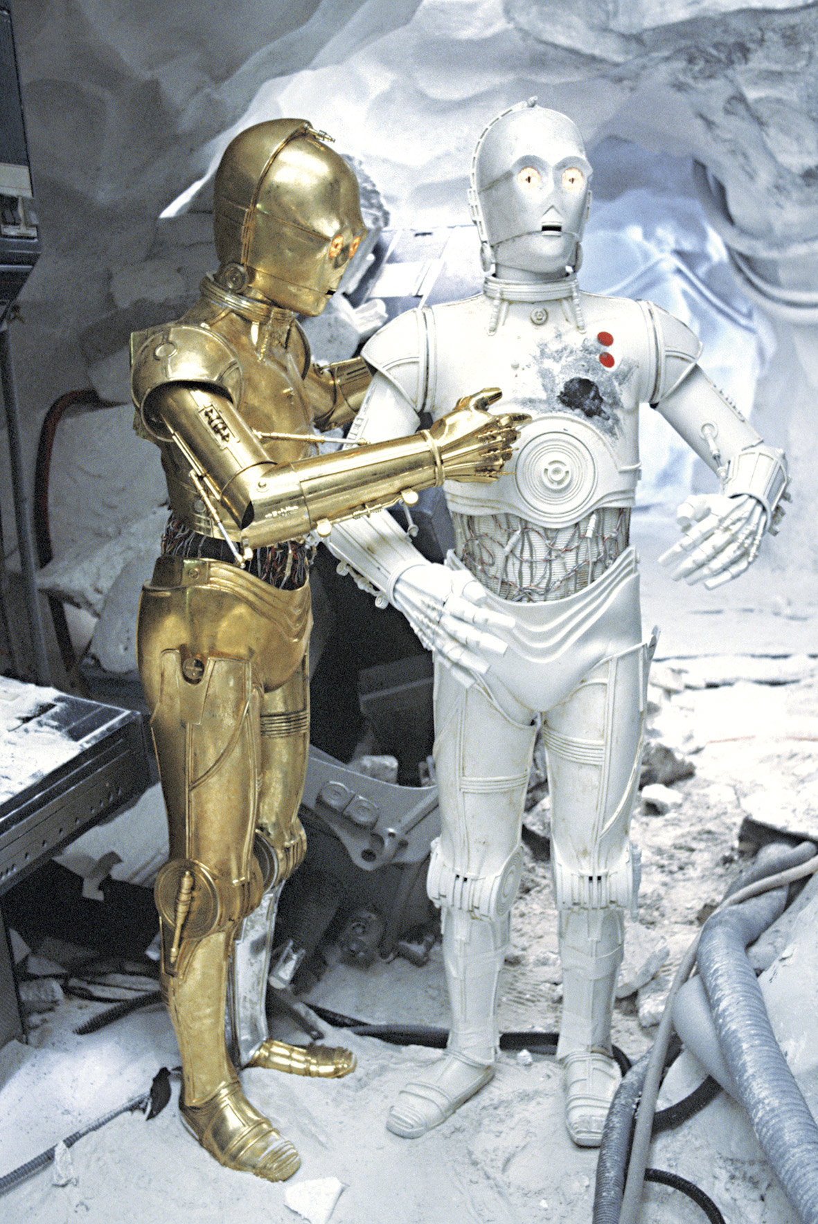 Star Wars: The Empire Strikes Back 40th Anniversary Special excerpt - C-3PO