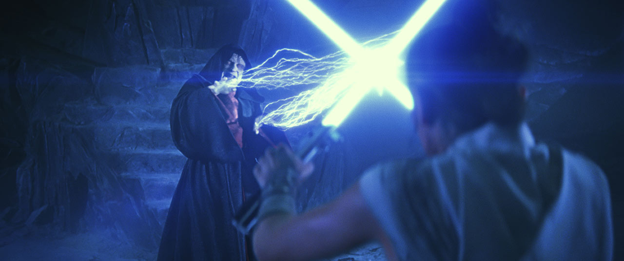 """Palpatine fighting Rey on Exegol in """"The Rise of Skywalker"""" (2019)"""