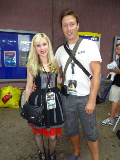 Fan Gary Mancini with Ashley Eckstein.