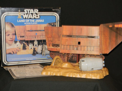 Kenner's Land of the Jawas playset