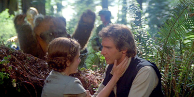 Leia tells Han that Luke is her brother in Return of the Jedi