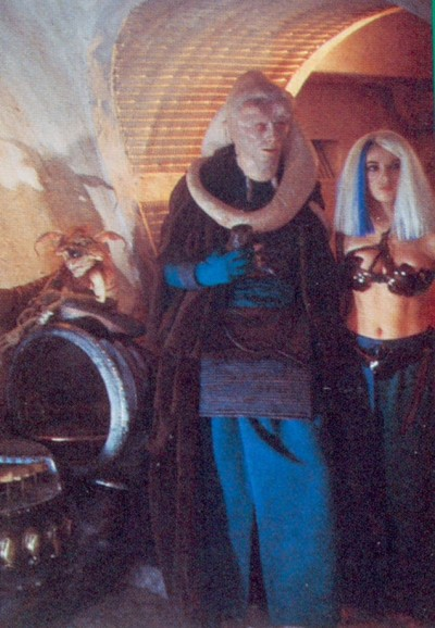 Bib Fortuna and Jess in Jabba's Palace