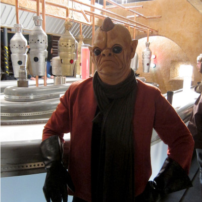Advozse in YouTube's Star Wars Day cantina video