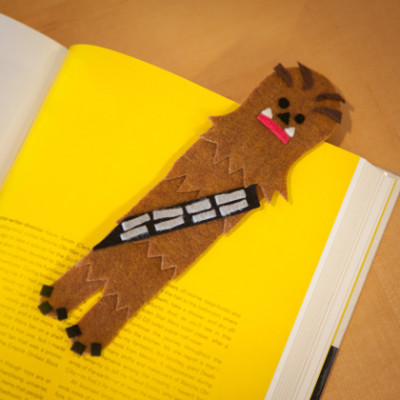 star-wars-may-the-4th-chewbacca-bookmark-0314-420x420-IMG_3842