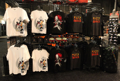 Star Wars Weekends 2014 Darth's Mall - Star Wars Rebels shirts