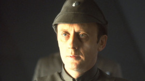 Kenneth Colley as Admiral Piett.