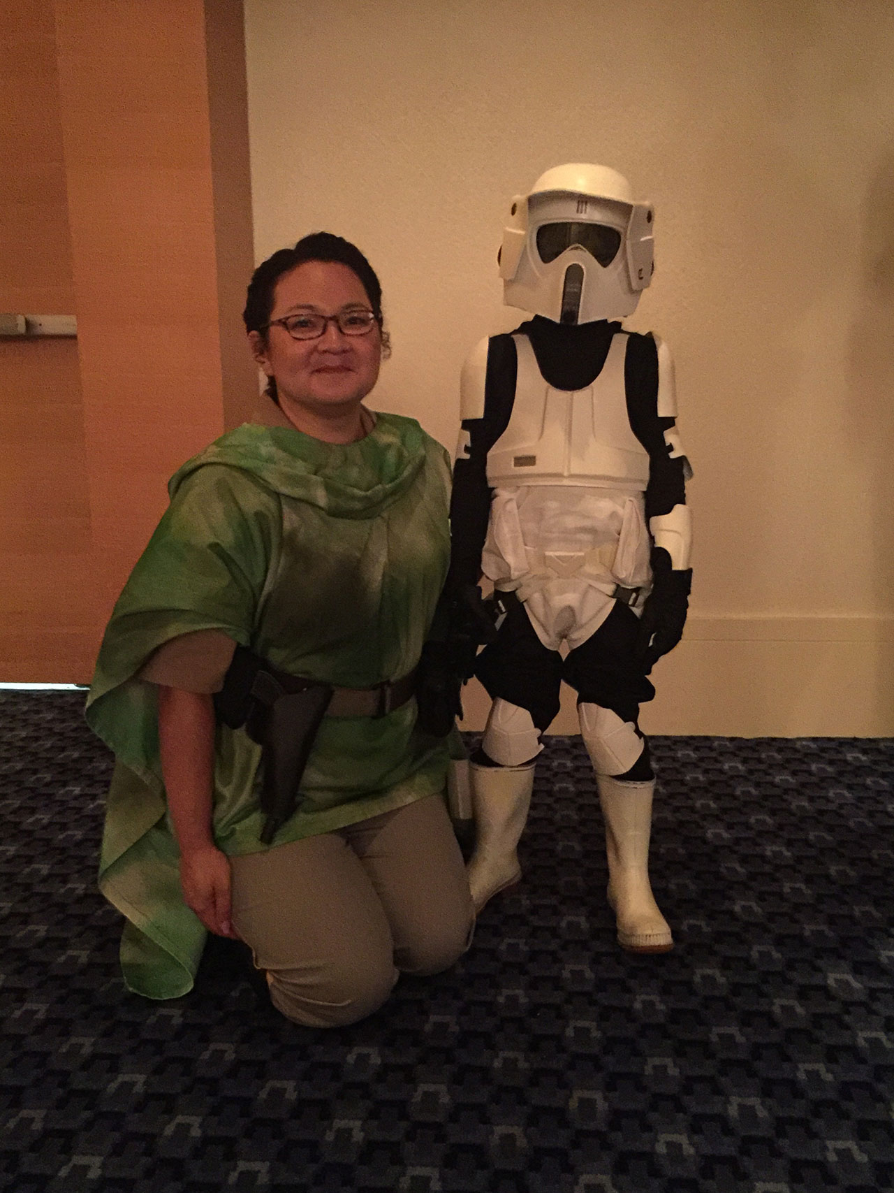 Young Dengar costumer at Dragon Con