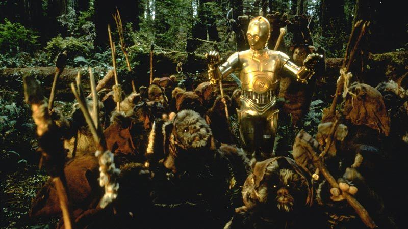 Return of the Jedi - C-3PO talking with the Ewoks