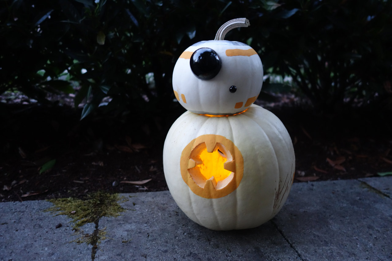 Get A Thumbs Up From Trick Or Treaters With This Bb 8 O Lantern Starwars Com